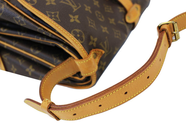Authentic LOUIS VUITTON Monogram Saumur 35 Shoulder Bag E3325