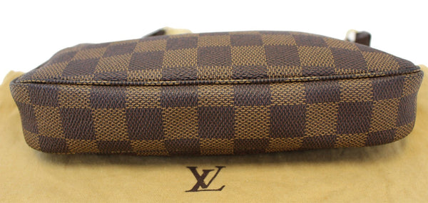 Authentic LOUIS VUITTON Damier Ebene Pochette Accessoires Pouch TT1538