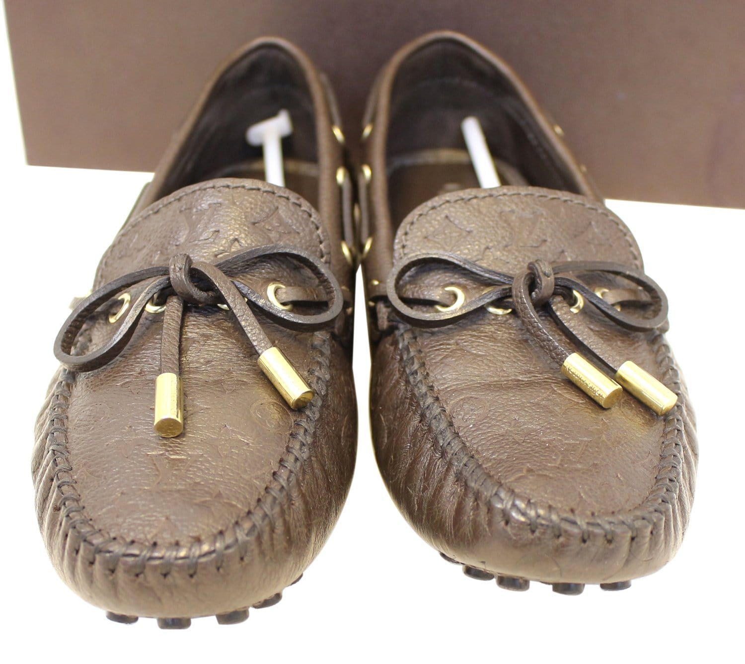 a37e2f46f3dd LOUIS VUITTON Gloria Flat Loafers Monogram Embossed Size 37