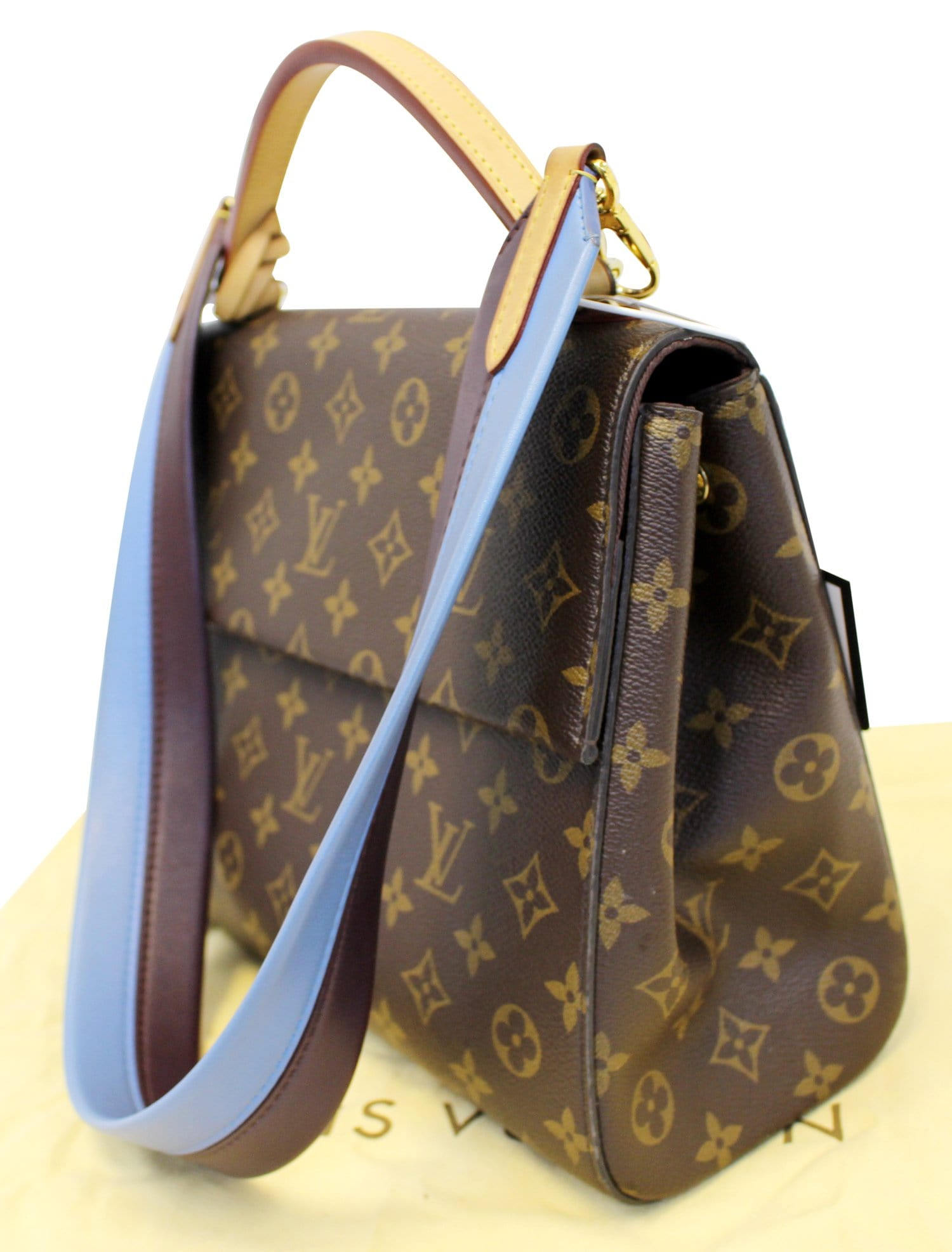 8ec1feccea42 LOUIS VUITTON Monogram Canvas Cluny MM Shoulder Bag TT2066