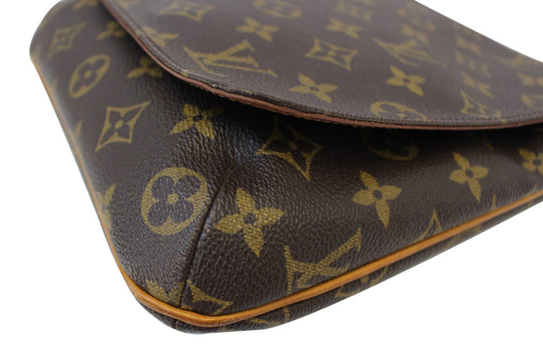 LOUIS VUITTON Monogram Canvas Musette Salsa Shoulder Bag