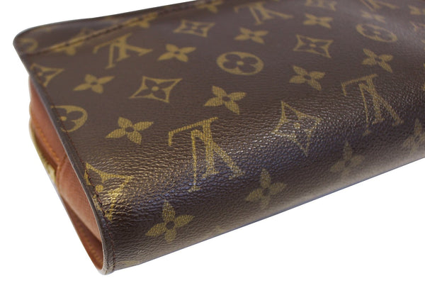 LOUIS VUITTON Monogram Canvas Orsay Brown Clutch