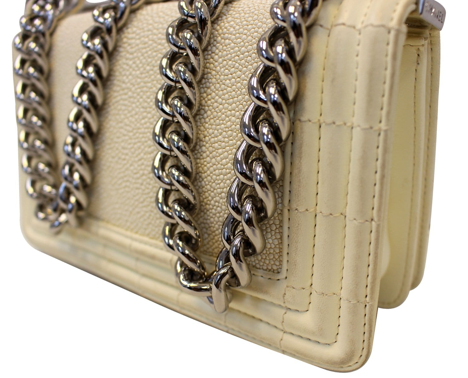 08024d41e1588 Chanel White Boy Stingray Leather small sample Crossbody Bag - Final Call