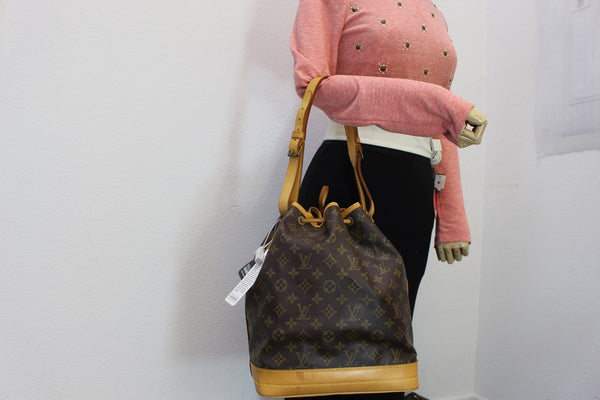 LOUIS VUITTON Shoulder Bag Monogram Canvas Noe Large Pre Owned