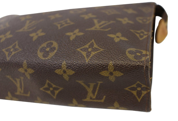 Authentic LOUIS VUITTON Monogram Canvas Poche Toilette 26 Pouch TT1619