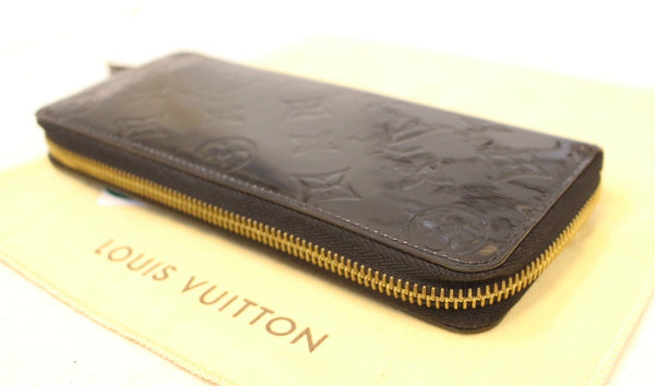 LOUIS VUITTON Black Vernis Clemence Wallet