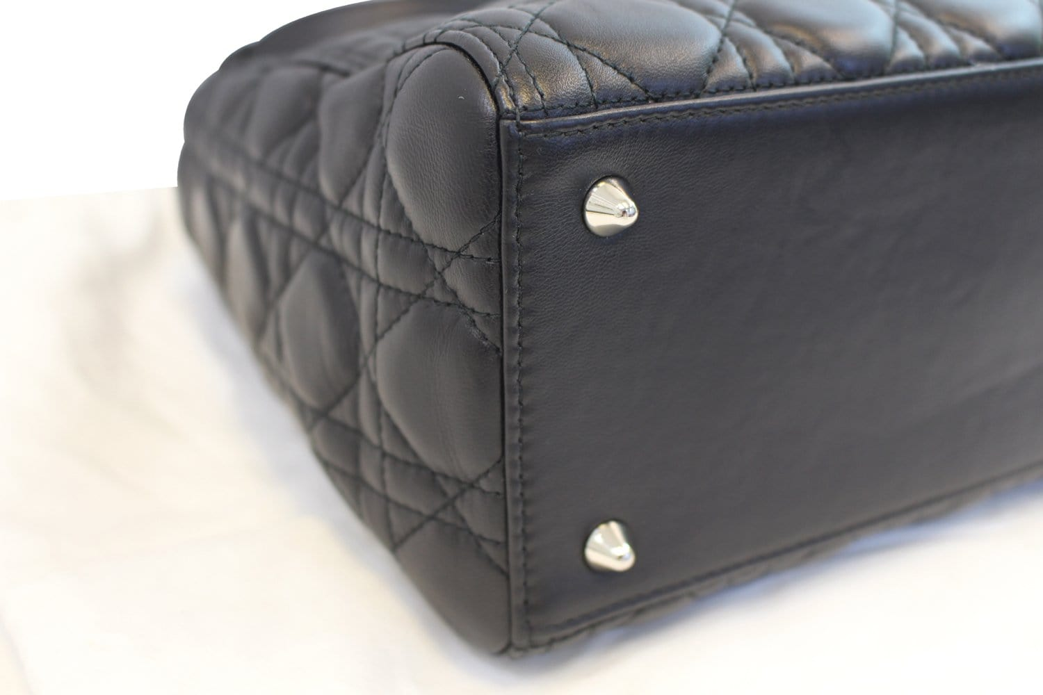 CHRISTIAN DIOR Cannage Quilted Lambskin Leather Lady Dior Medium Bag TT1027 6e3c3b78e980a