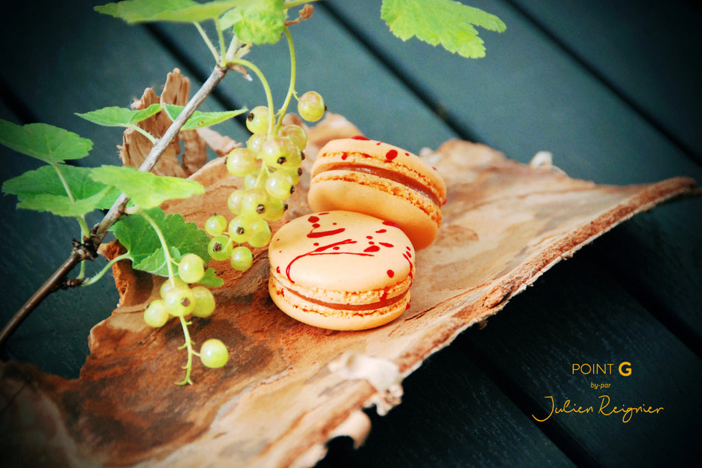 Apricot - Redcurrant : our macaron of the Summer!
