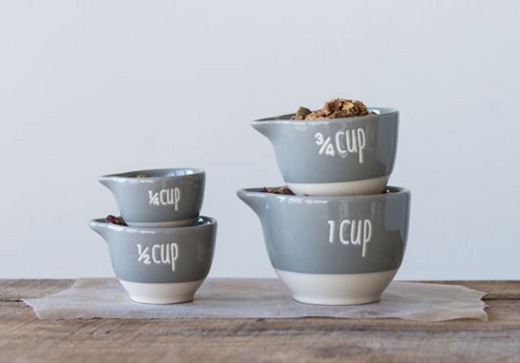 Two-Tone Grey Measuring Cup Set