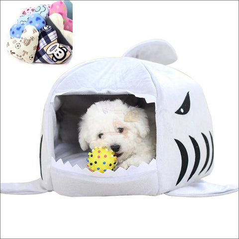 Shark Design Cat House or Dog House space by Blissfactory Pet Supplies