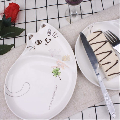 Image of Cute Hand-Painted  Cat Dinner Plates, Best Dinnerware Japanese chubby plate  by Blissfactory Pet Supplies