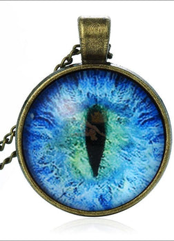 The Magic Cat Eye Necklace