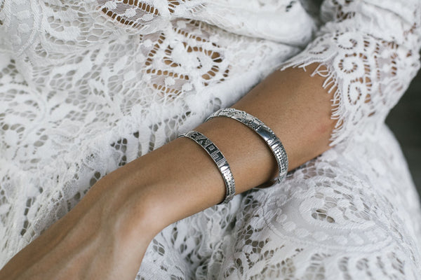 silver love bracelet handmade in bali with beautiful detail