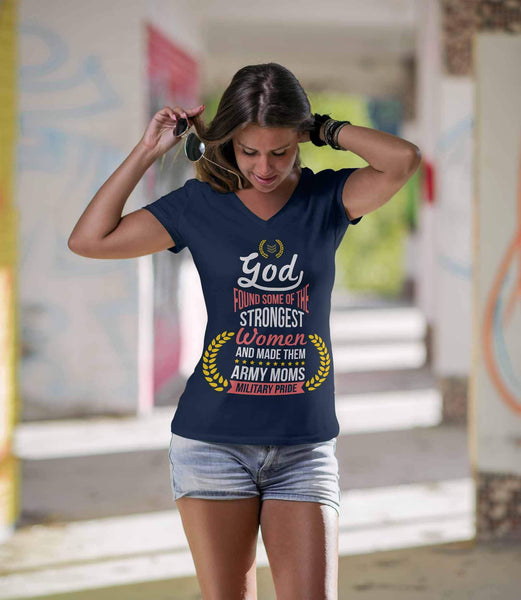 God Found Some Of The Strongest Women & Made Them Army Moms Soldier VNeck TShirt-NeatFind.net