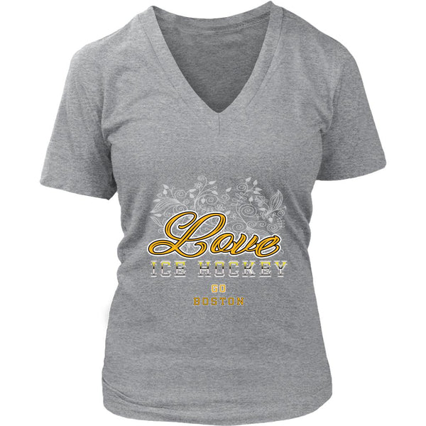 Love Hockey Go Boston Fan Gifts Diamond Plate V-Neck T-Shirts For Women-NeatFind.net