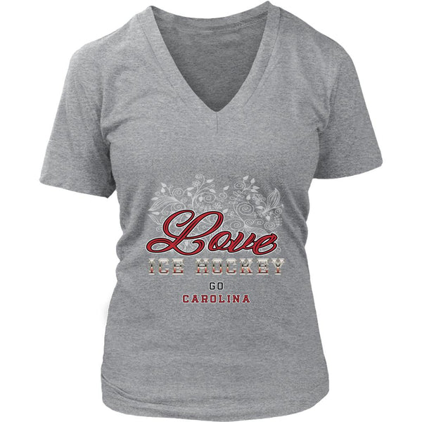 Love Hockey Go Carolina Fan Gifts Diamond Plate V-Neck T-Shirts For Women-NeatFind.net
