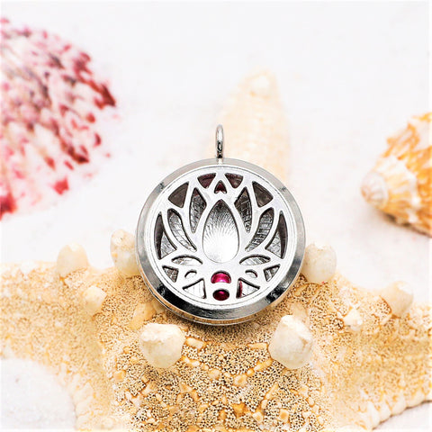 Water Lilly Silver Plated Pearl Locket