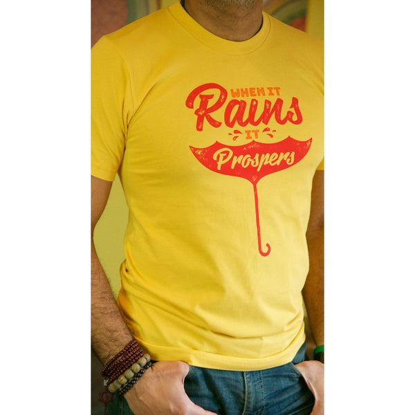 When it rains, it prospers - Men's Organic Cotton T-shirt - Teeminder