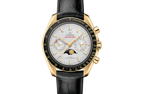 Omega Speedmaster Moonwatch Co-Axial Master Chronometer Moonphase Chronograph 44.25mm 18K Yellow Gold on Black Leather - White Dial