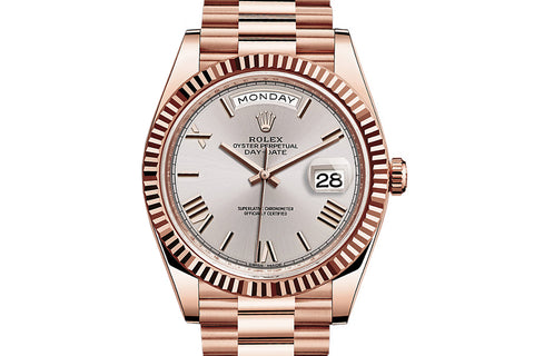 Rolex Day-Date 40 18k Rose Gold on Bracelet - Silver Dial