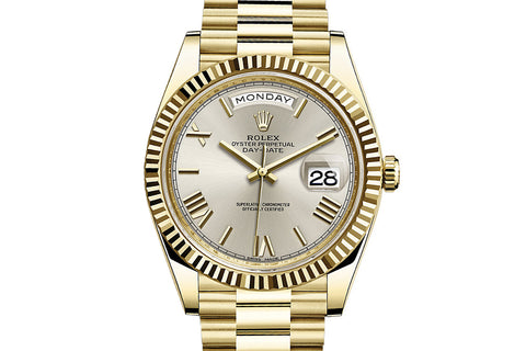 Rolex Day-Date 40 18k Yellow Gold on Bracelet - Silver Dial
