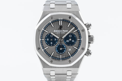Audemars Piguet Royal Oak Chronograph 41mm Titanium & Platinum on Bracelet - Gray Dial