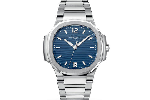 Patek Philippe Ladies Nautilus 7118/1A-001 - Stainless Steel on Bracelet - Blue Dial