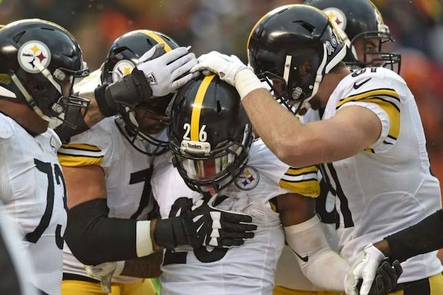 Vintage performance from Le'Veon Bell saves Steelers