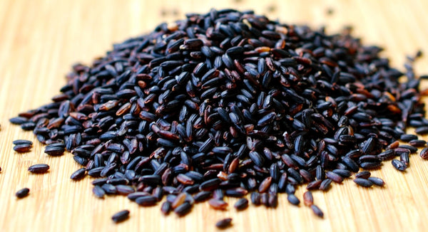 forbidden-black-rice-uncooked-grains