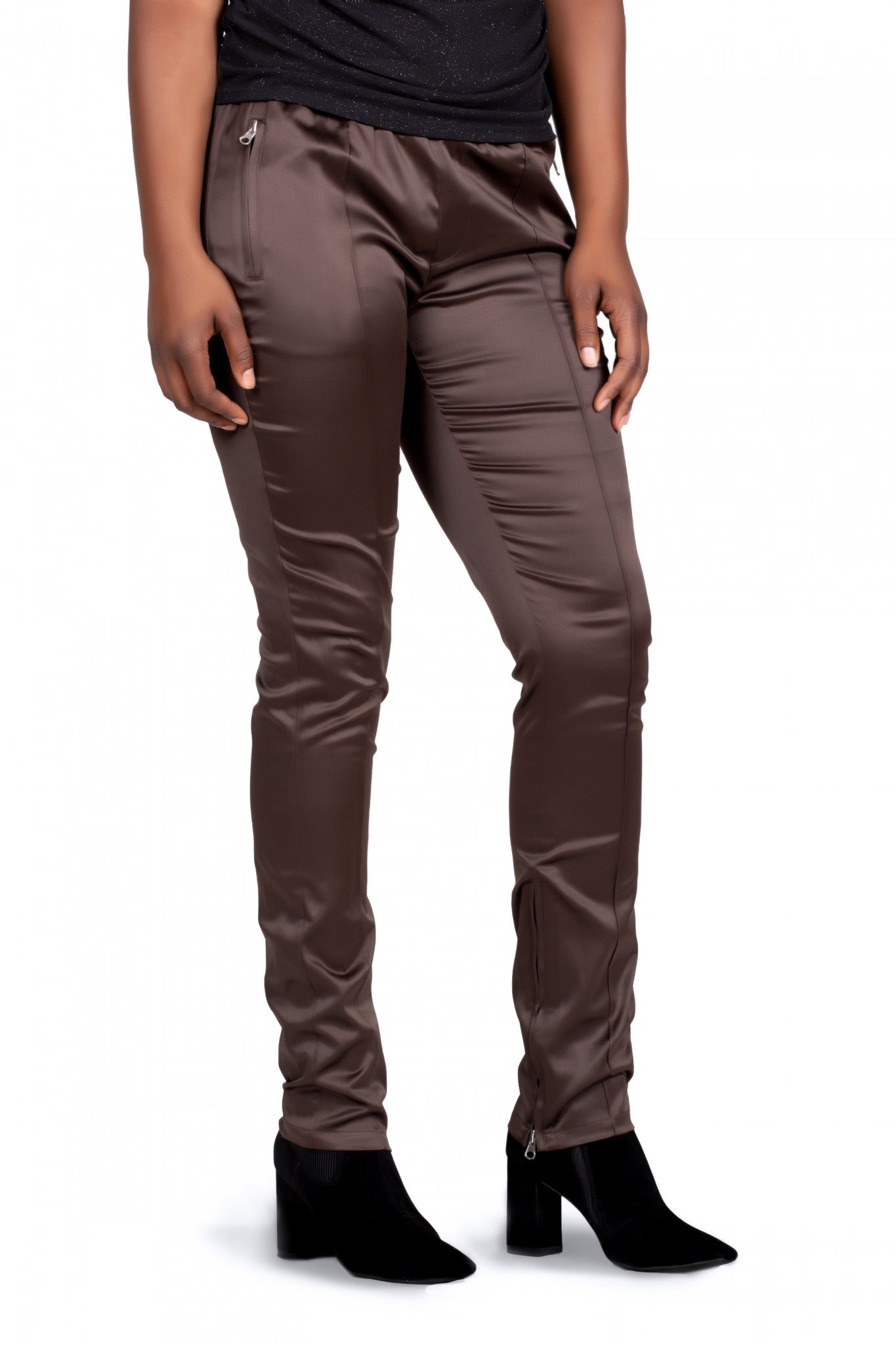 L46060C- Solid and Hip Pant