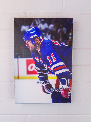 Messier Waits for the Faceoff - 12x18