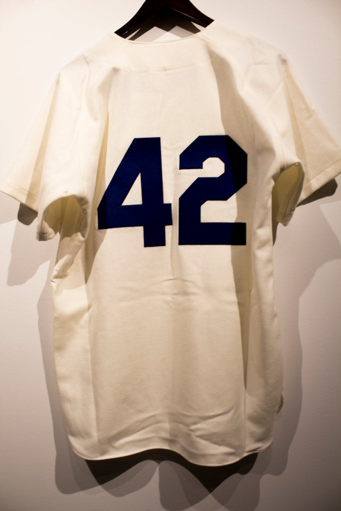 Mitchell   Ness Authentic Jackie Robinson 1955 – Vintage Sports Images 80e1560c2c6