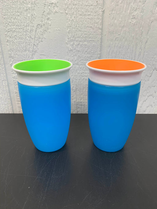 used Munchkin Miracle 360 Sippy Cup Set of Two