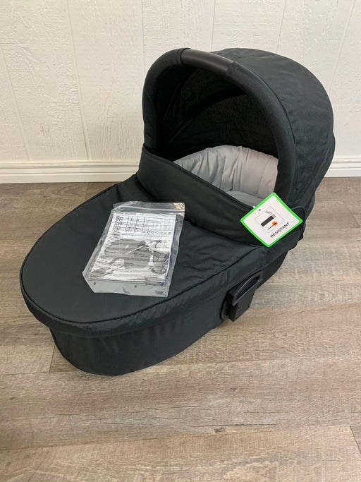 used Mamas & Papas Sola2 Bassinet