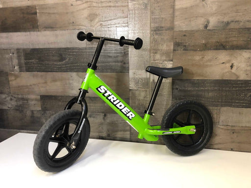 "Strider Balance Bike, Classic 12"", Green"