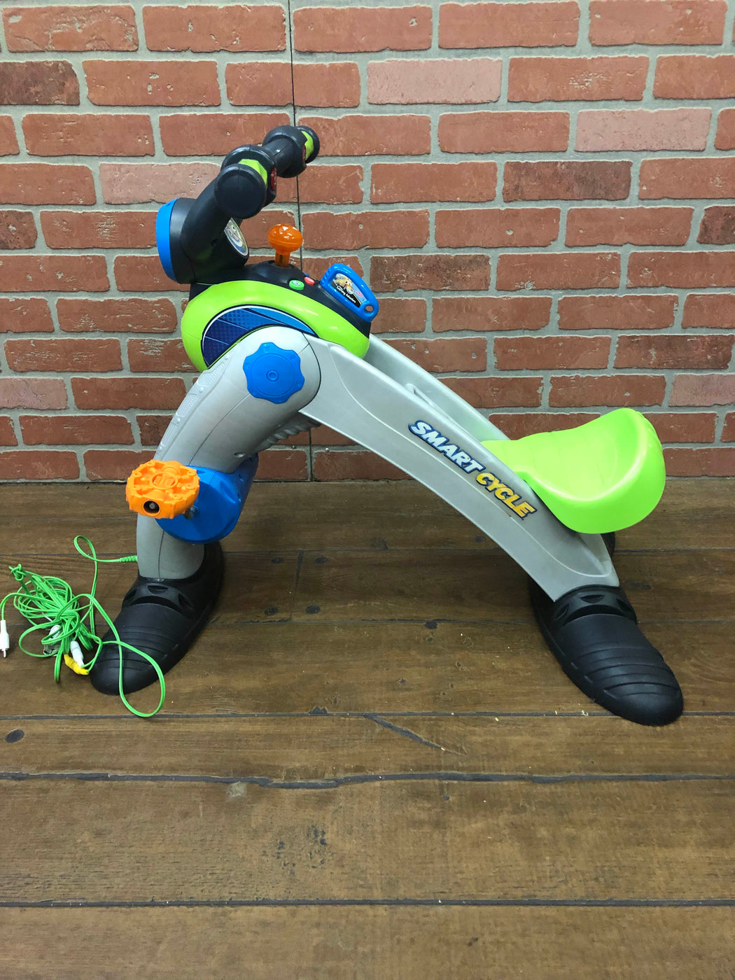 secondhand Fisher Price Smart Cycle Pro ( Old Version)