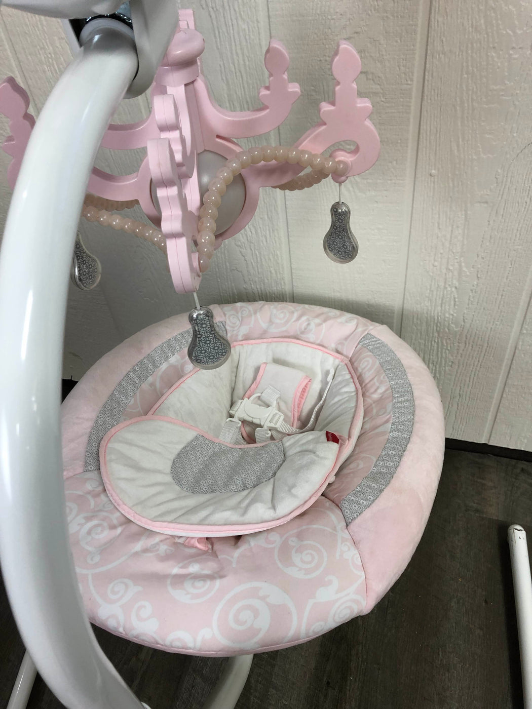Fisher Price Cradle 'n Swing, Rose Chandelier