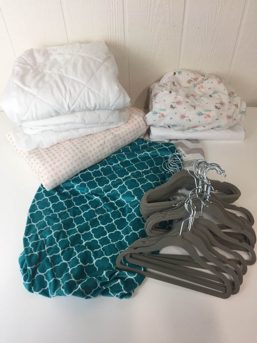 used BUNDLE Nursery Bedding