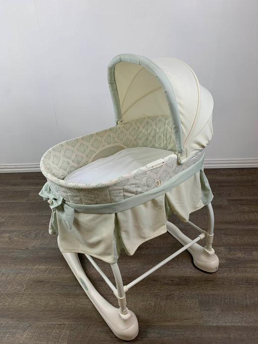 secondhand Kolcraft Bassinet
