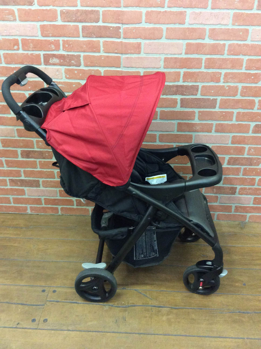 secondhand Graco Verb Click Connect Lightweight Stroller