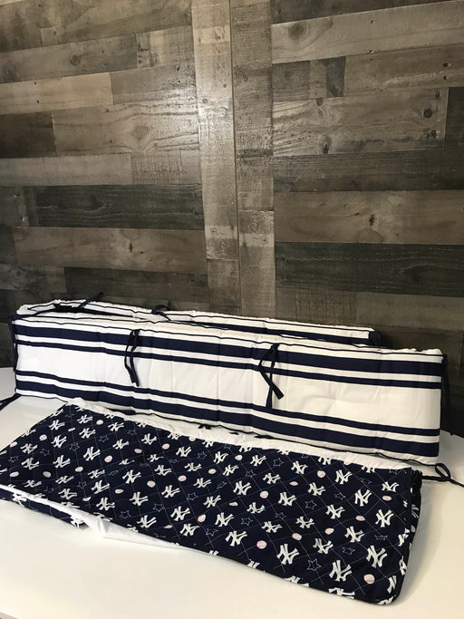 Pottery Barn Kids New York Yankees Crib Bedding Set