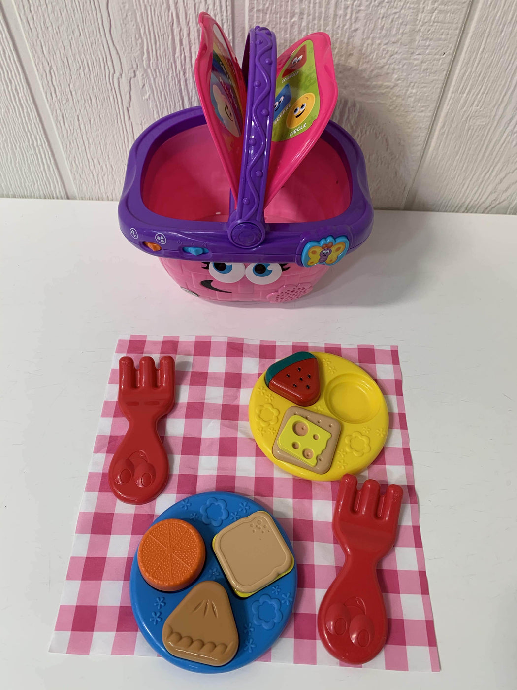 secondhand Leap Frog Shapes And Sharing Picnic Basket
