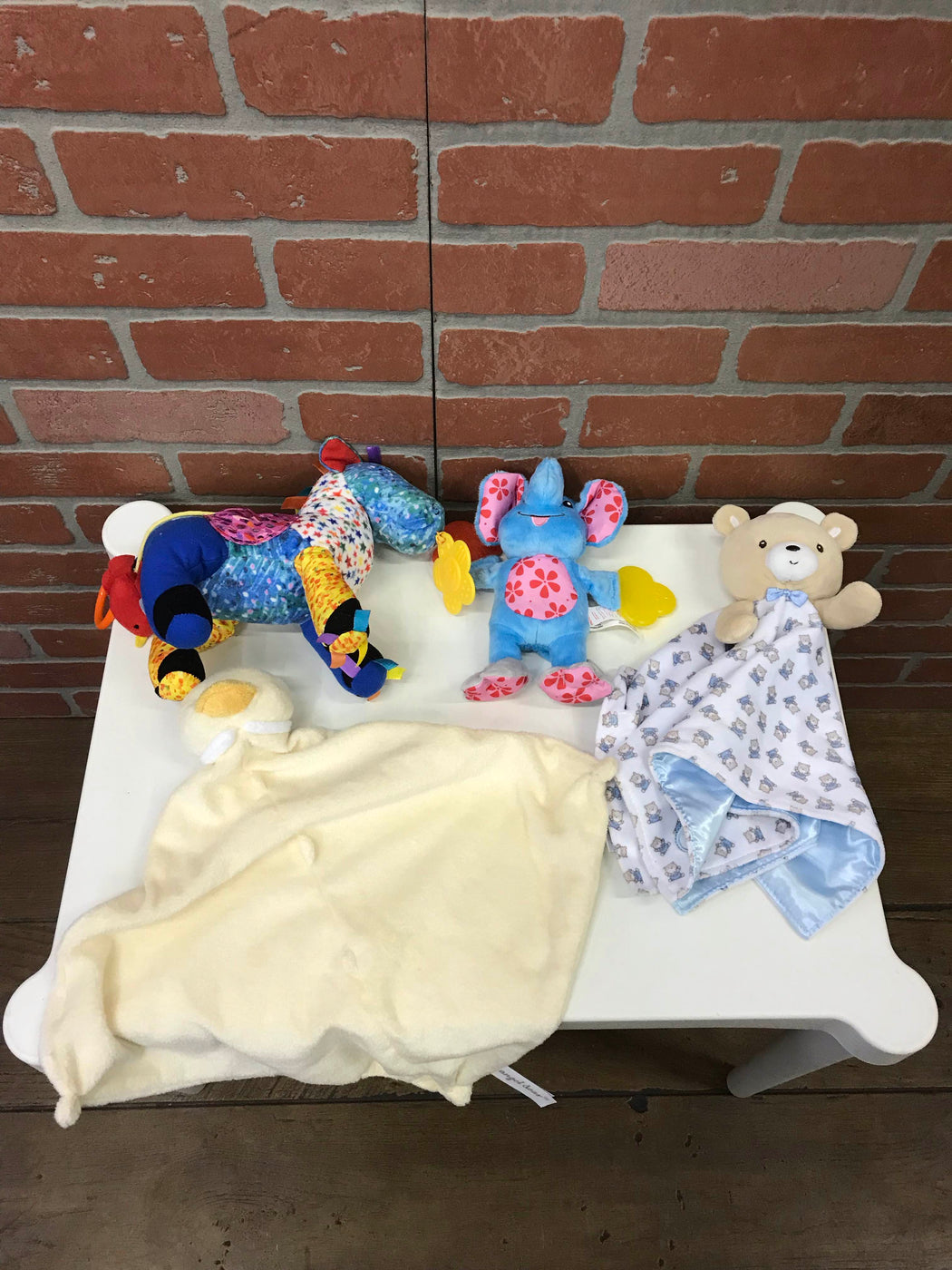 used BUNDLE Teething And Grasping Toys
