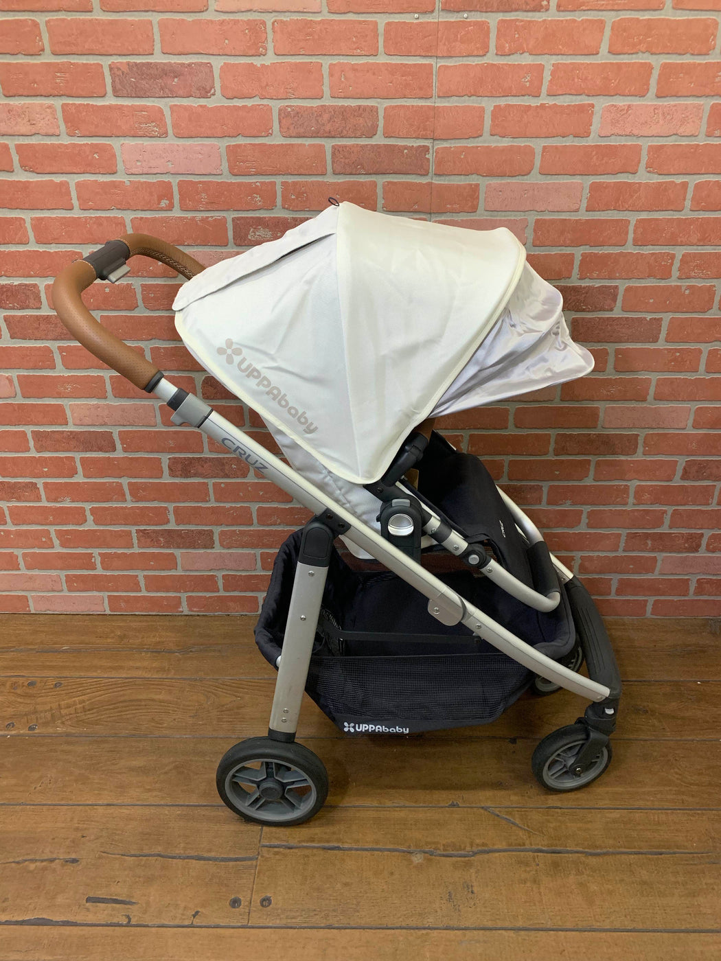 secondhand UPPAbaby CRUZ Stroller, Loic (White), 2017