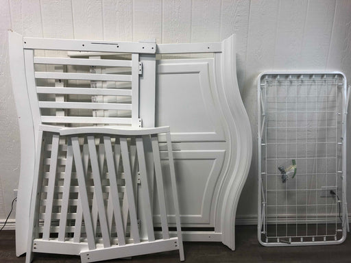 used White Wooden Crib