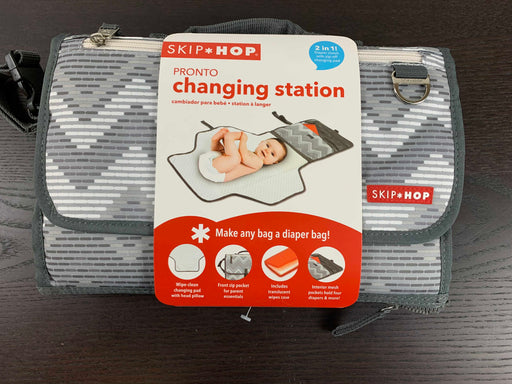 used Skip Hop Pronto Changing Station