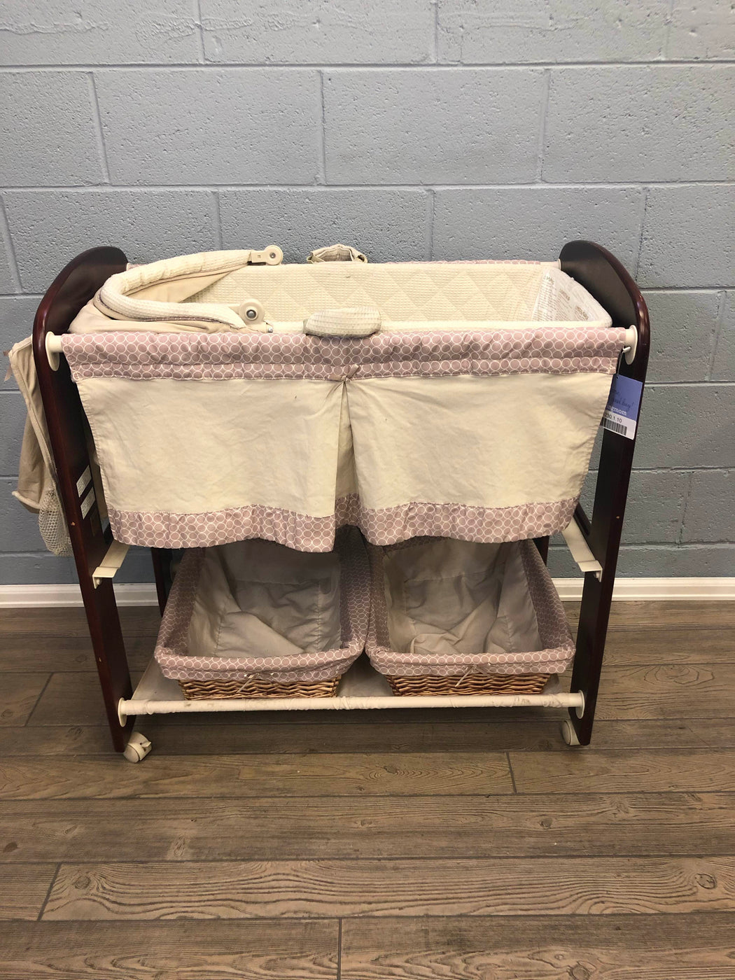 secondhand Kolcraft Classique 3 In 1 Bassinet