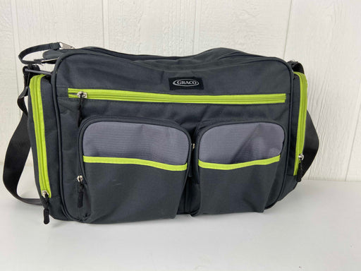 used Graco Places And Spaces Duffle Diaper Bag