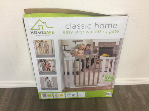 secondhand HomeSafe By Summer Infant Easy Step Walk Through Gate