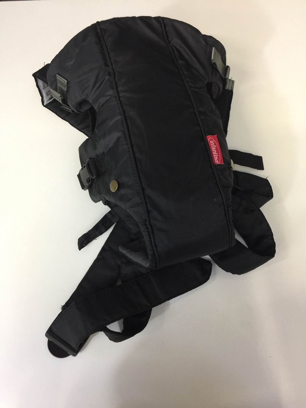 secondhand Infantino Swift Classic Carrier